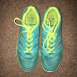 Size 10 C9 Champion lightweight sneakers